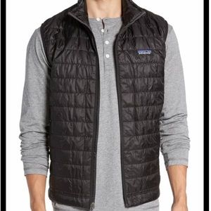Patagonia Men's Nano Puff Black Vest Large